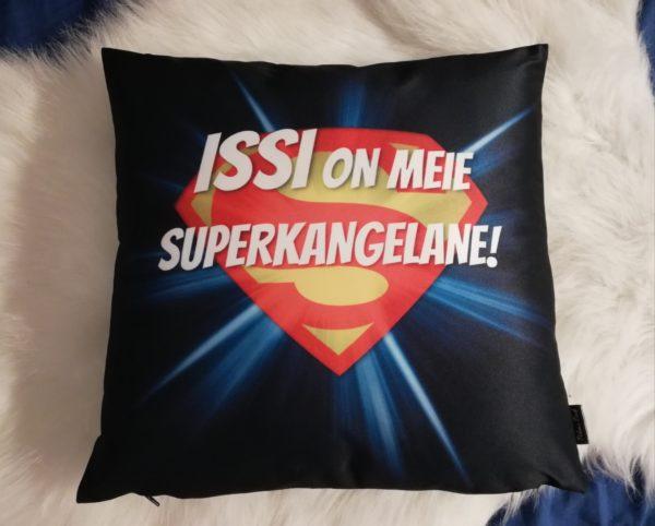 Superkangelane Issi